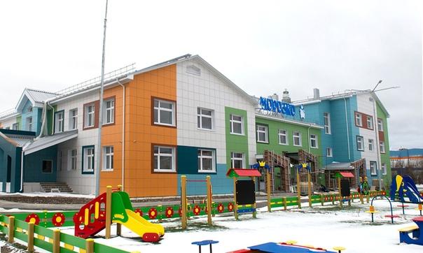 В Ямало-Ненецком автономном округе активно ведется строительство 22 детских садов.