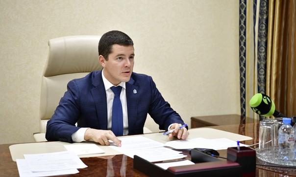 Губернатор Ямала Дмитрий Артюхов провел прием граждан по личным вопросам.